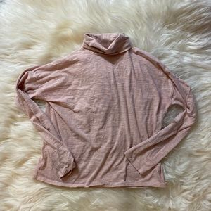 Madewell pink turtleneck long sleeved shirt